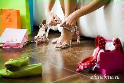 Босоножкіно літо або взуття багато не буває