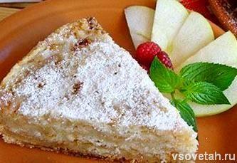 Яблучний пиріг в мультиварці