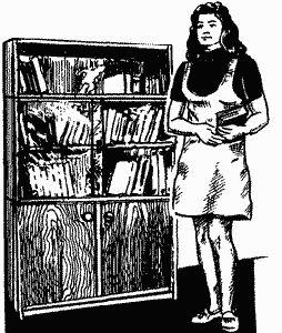 Книжкова шафа-ретро