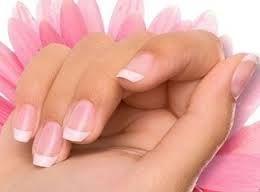 Красиві і міцні нігті - в чому секрет? Домашні рецепти по догляду за нігтями.