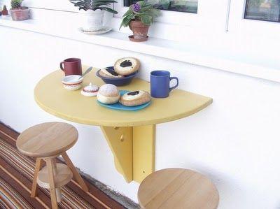 Відкидний настінний столик