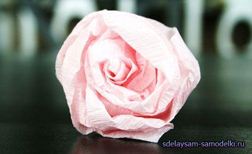 Підвісна куля з паперових квітів
