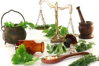 Корисні трави від болів у шлунку: народні засоби