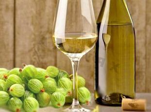 Рецепт столового вина з агрусу