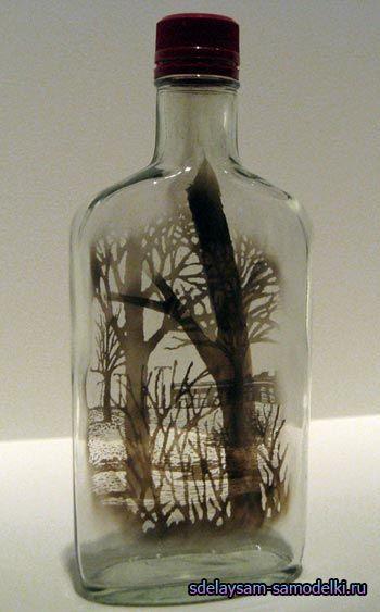 Малюнки з диму в скляних пляшках