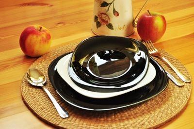 Столовий посуд: колір управляє апетитом