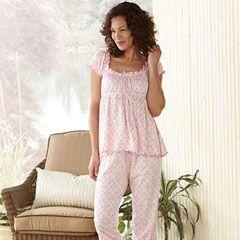 Жіноча трикотажна піжама: якою вона має бути